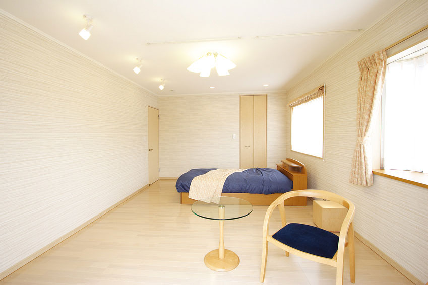 シンプルな洋室