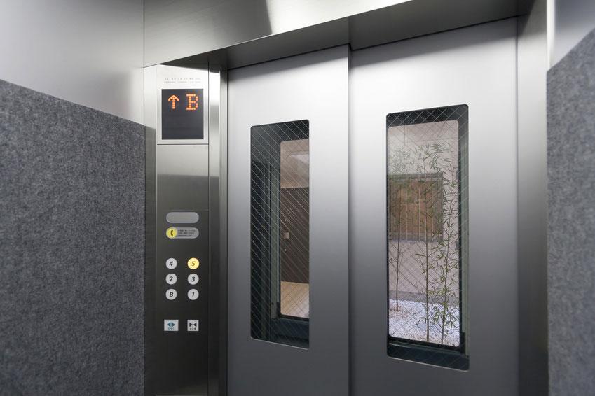 マンション 集合住宅 窓付き防犯仕様エレベーター