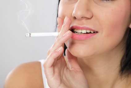 喫煙 女性